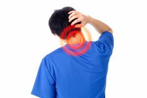 寝違えによる首の炎症