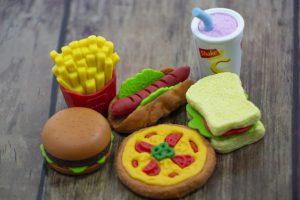 栄養の偏った食事
