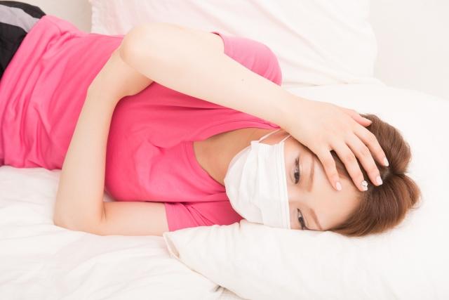 寝方に悩む女性
