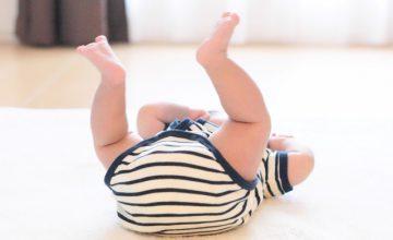 赤ちゃんの生理的O脚